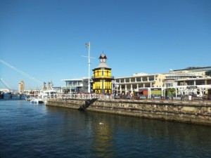 v-a-waterfront-clock-tower-n1-cape-town-south-africa+1152_13809139012-tpfil02bw-25985